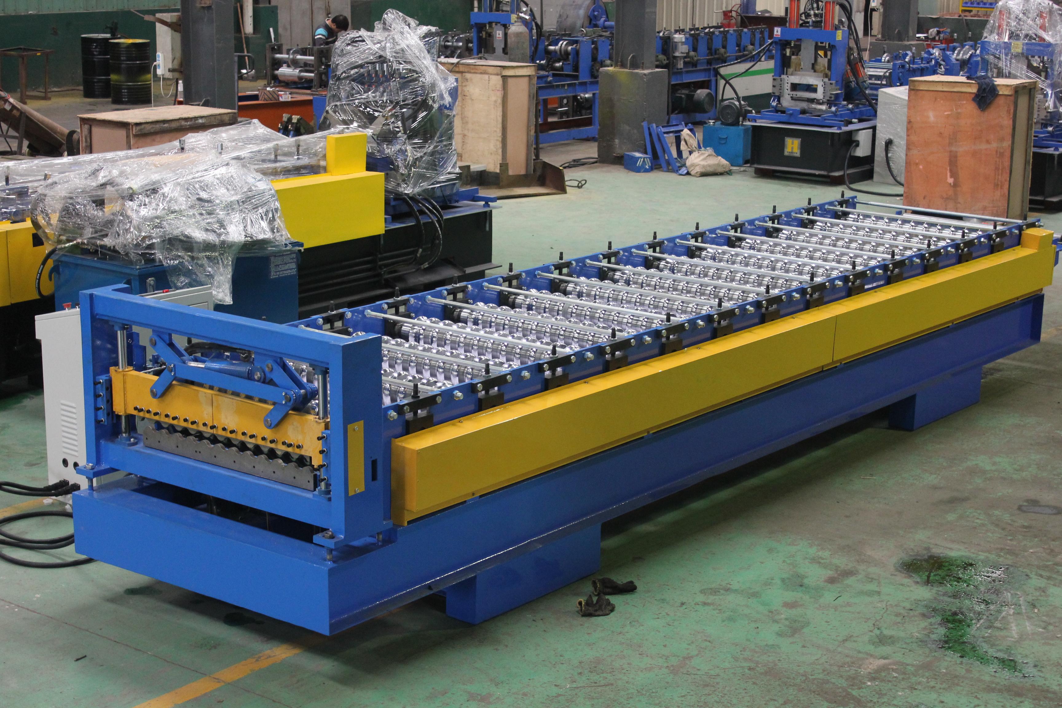 Máquina formadora de rollos de teja corrugada