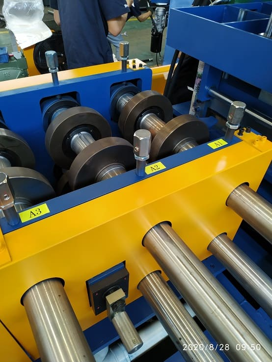 Driven By Full Automatic C/Z Purlin Roll Forming Machine FX350